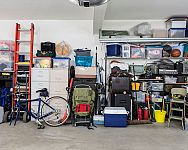 Ako zariadiť garáž a uložiť náradie v dielni? Poradíme vám