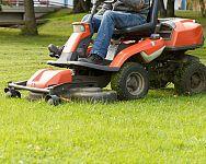 Ako vybrať záhradný traktor + jeho využitie počas celého roka