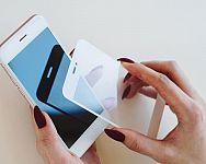 Ochranné tvrdené sklo a fólie na Samsung, Redmi, Huawei, iPhone – test