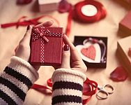 Aký darček na Valentína? Aj klasické darčeky sa dajú poňať originálne