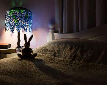 Tiffany lampy a lustre do interiéru