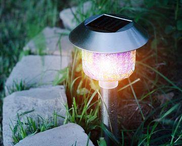 Ako vybrať solárne osvetlenie do záhrady?