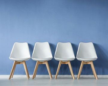 Stolička k PC, pre deti, do jedálne, do sprchy – poradíme, ako vybrať stoličku do každej miestnosti