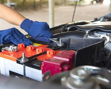 Ako vybrať správnu autobatériu? Recenzie chvália Bosch, Exide, Varta, cena nie je vysoká