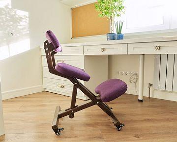 Kľakačka, nastaviteľná zdravotná stolička k PC – recenzie, skúsenosti
